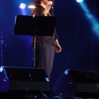 Em Turnê pela Europa com a cantora Gal Costa. (2006)